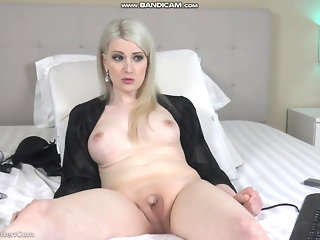 hd videos  big tits (shemale)